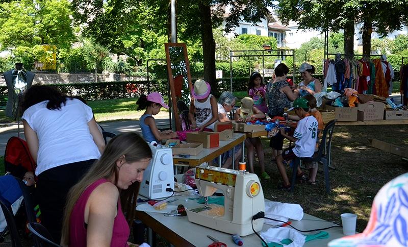 ateliers-artistiques-plein-air-parc-creation-costumes